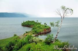 Мыс Шаманский (Айха-Шулун). Южный Байкал, залив Култук.