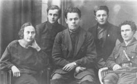 Новосибирск. 1929 г. совещание пионерских работников по методике. Г.М. Марков – 2-й справа