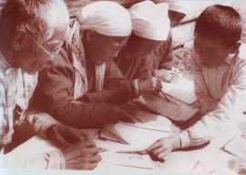 В 1936 году в основу литературного бурятского языка лег диалект самого большого бурятского племени – хори