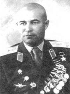 Пепеляев Евгений Георгиевич - Герой Советского Союза, летчик-истребитель
