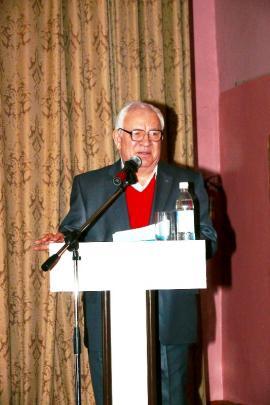 С 1987 до 2011 образовательное учреждение возглавлял Николай Васильевич Пернай