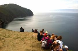 На Байкал приезжает много французских туристов.