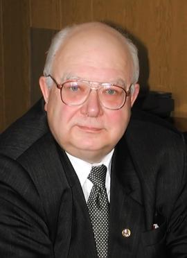Один из ведущих специалистов в области геохимии, геодинамики, петрологии, автор и соавтор 350 научных работ, опубликованных в отечественных и зарубежных изданиях, в том числе 16 монографий