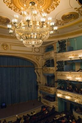 http://irkipedia.ru/sites/default/files/styles/thumb_lenta/public/theatre1_0.jpg?itok=nOahgpWG