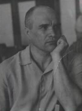 Награжден орденом Красной Звезды, медалью «За победу над Германией в Великой Отечественной войне 1941–1945 гг.»