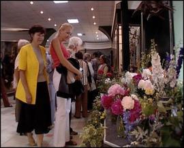 Выставка ягод и цветов в Отделе природы ИОКМ