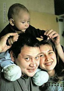 Юрий Степанов в семьёй