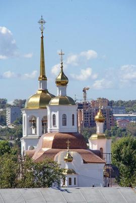 Иркутск, Харлампиевская церковь. Здесь венчался А.В. Колчак